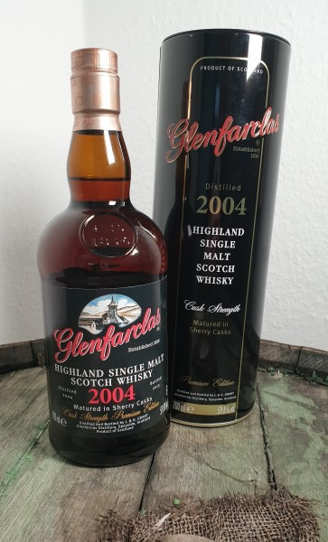 Glenfarclas 2004 Cask Strength Bottled 2015
